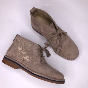 Hush Puppies Cyra Catelyn Tan Suede Chukka Boot